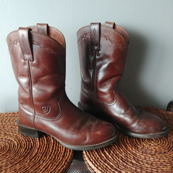 Ariat Mens leather Heritage Roper boots size 7.5